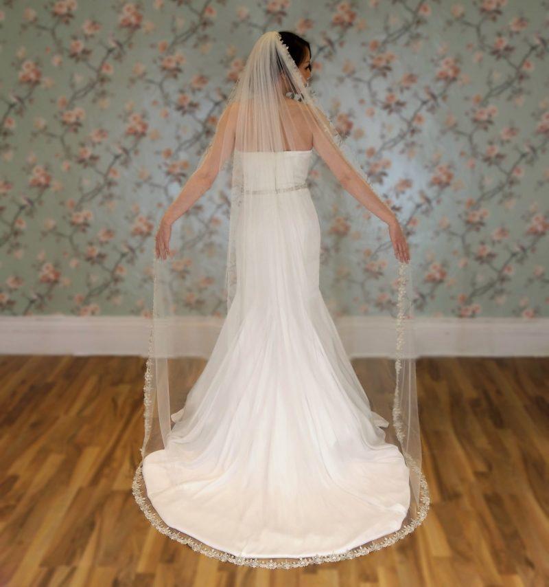 Claddagh Vintage Ivory chapel length Veil