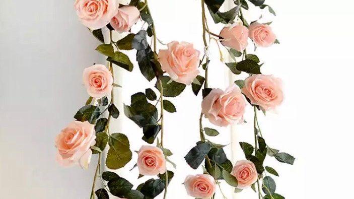 Rose Garland Peachy Pink
