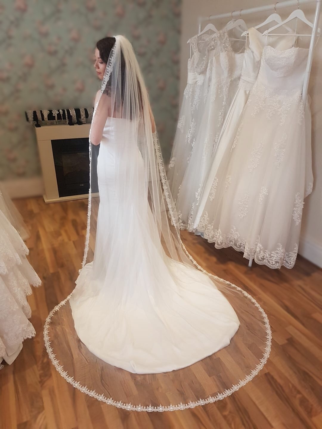 Claddagh pale ivory cathedral veil