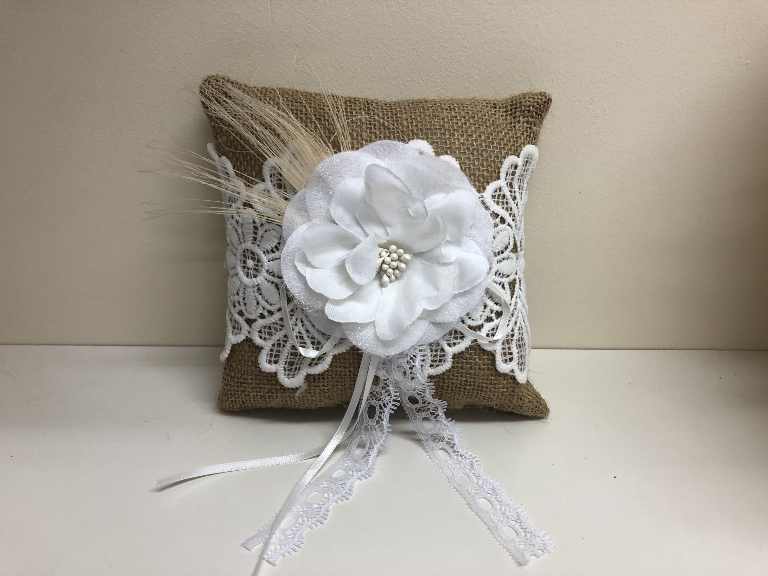 Natural Flower Ring Cushion