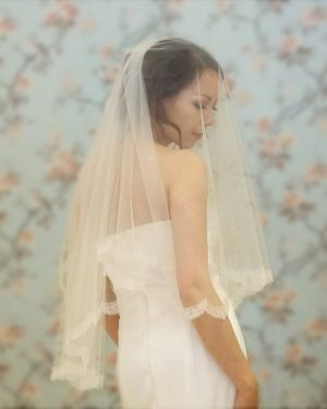 Chantilly Lace Bridal Veil
