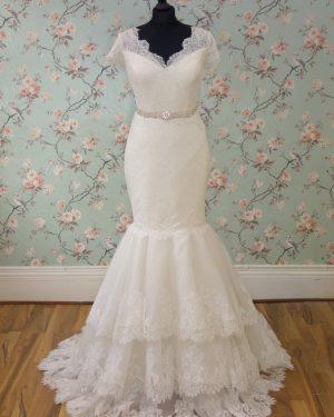 Eliza Sample Wedding Dress