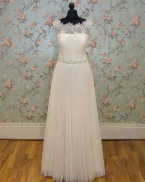 Amelie Sample Wedding Dress