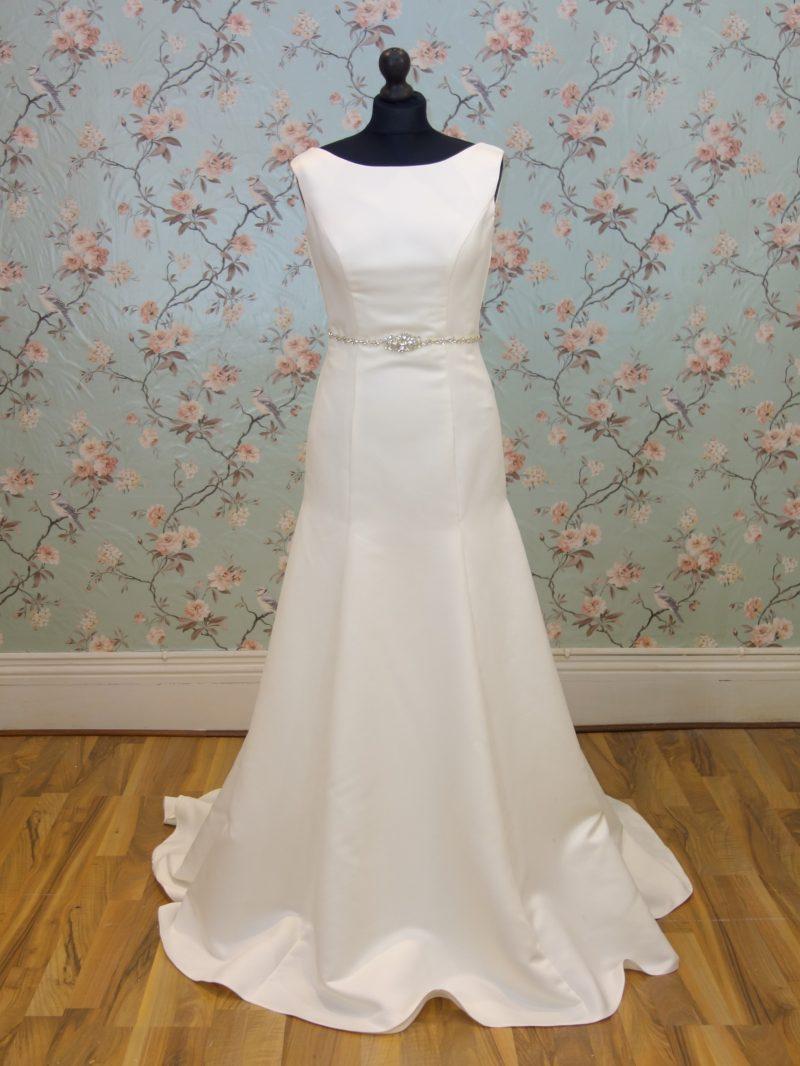 Freya Sample Wedding Dress