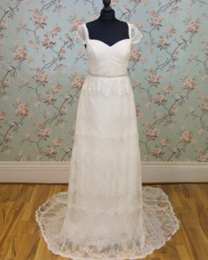 Juno Sample Wedding Dress