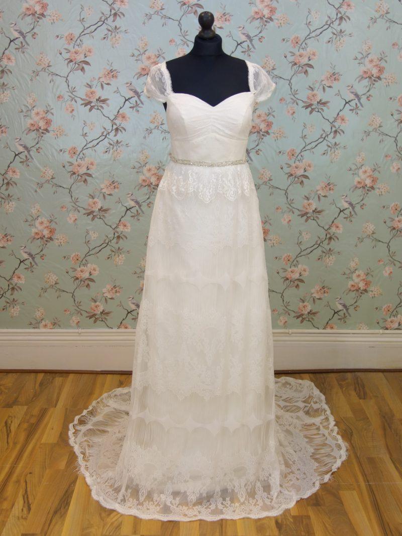 Juno Sample Wedding Dress