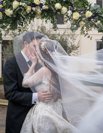 Twotier plain cut bridal veil